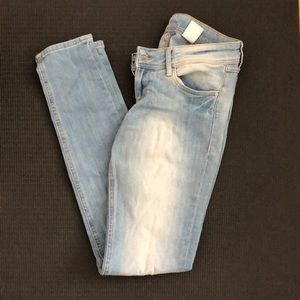 H&M low rise skinny jeans size 25